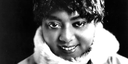Mamie Smith, one of the first recorders of the blues